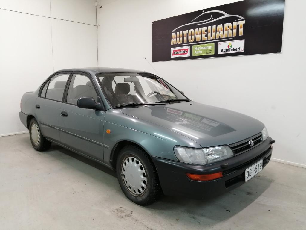 Toyota Corolla Sedan 4D COROLLA 1.6XLI Hieno ja hyvin huollettu 1995