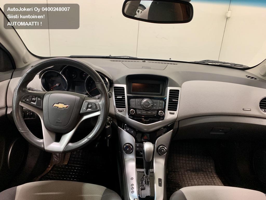 Chevrolet Cruze Sedan 4-ov LT 1,8 104kw A  2011