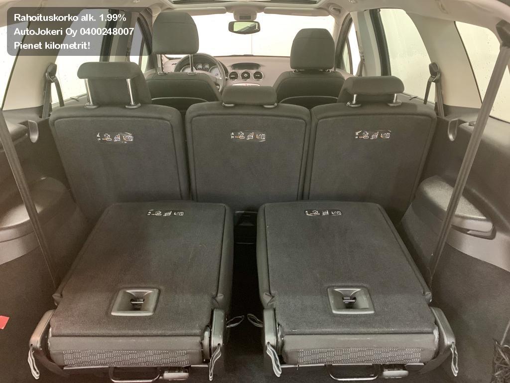 Peugeot 308 Farmari SW Premium Plus VTi 120 / 7-hengen 2010
