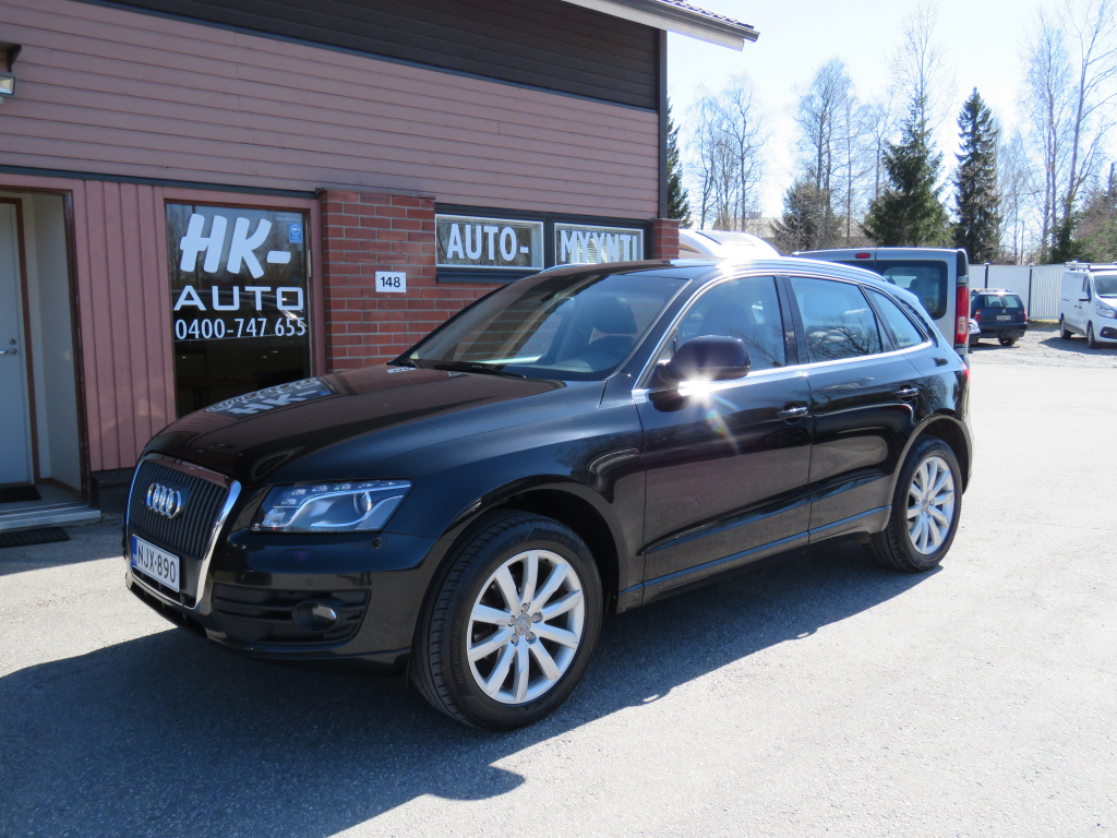 Audi Q5 2,0 TDI (DPF) quattro 125 kw Manual Nahat Panoraama LED