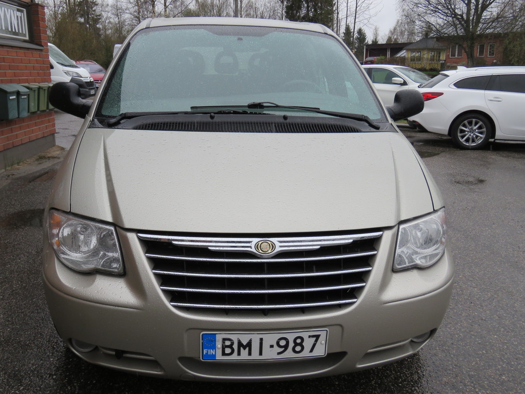 Chrysler Voyager 3.3-AUTOMATIC-7-p.signature edition