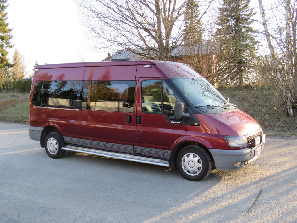 Ford Transit  KOMBI 300L-2.0TDi Rek.Matkailuauto 9-h.