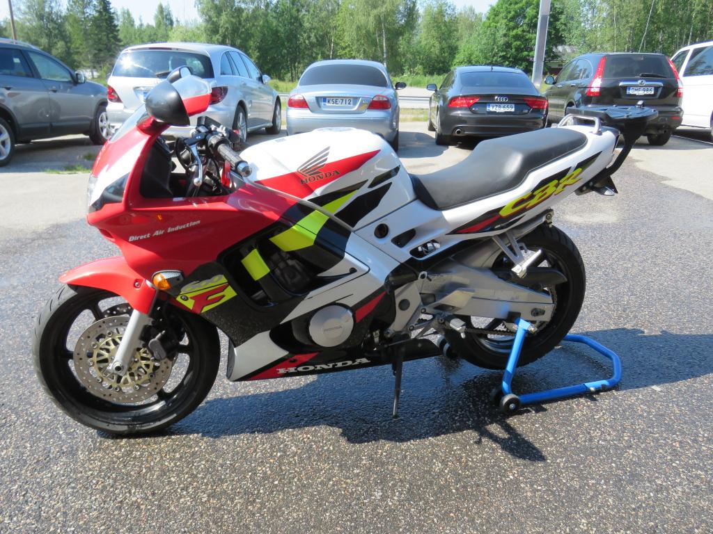 Honda CBR 600F-PC31
