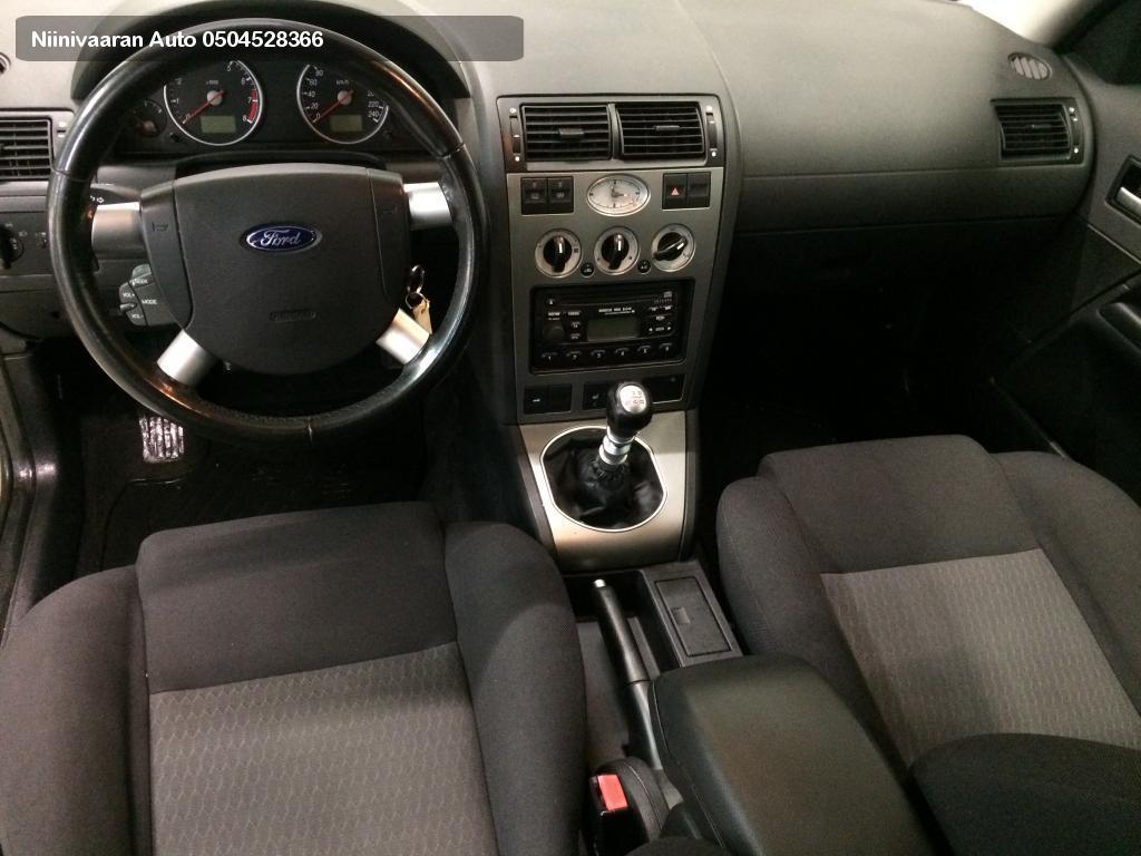 Ford Mondeo Farmari 2.0i Wagon 2003