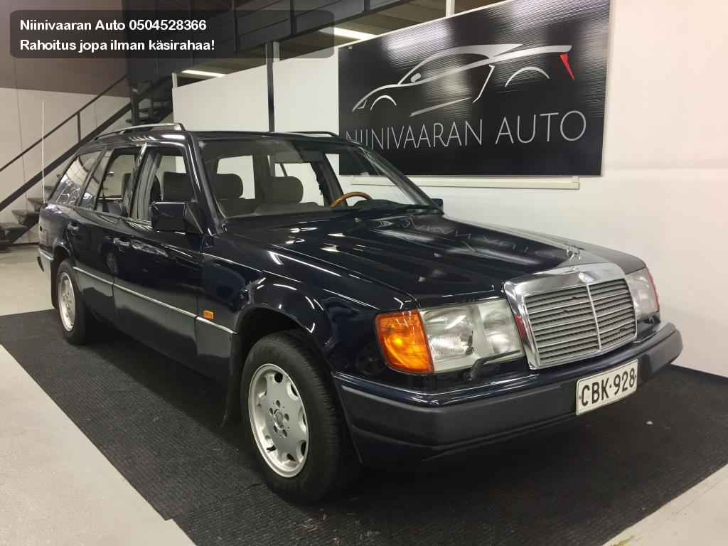 Mercedes-Benz 300 Farmari 300TE Combi 1992