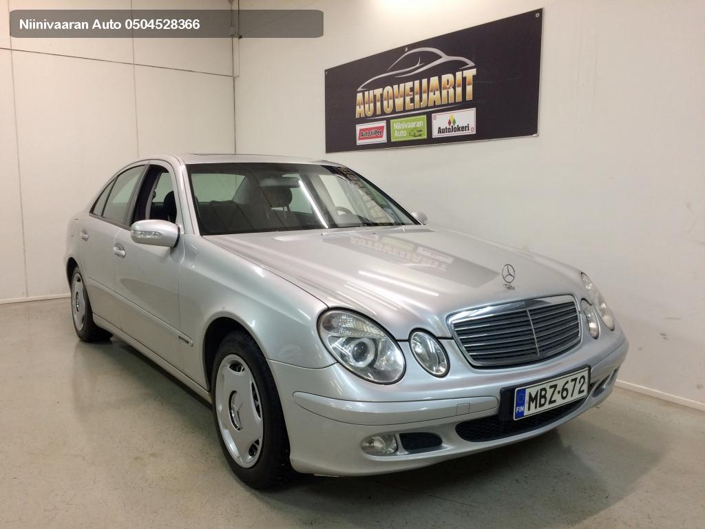 Mercedes-Benz E 200 Kompressor Sedan Classic 4d A Webasto kaukosäädöllä! 2004