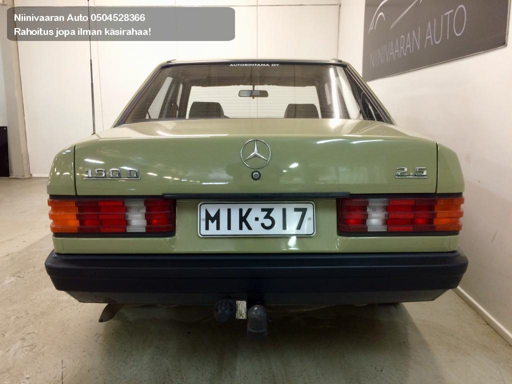 Mercedes-Benz 190 Sedan 2.5D 1986