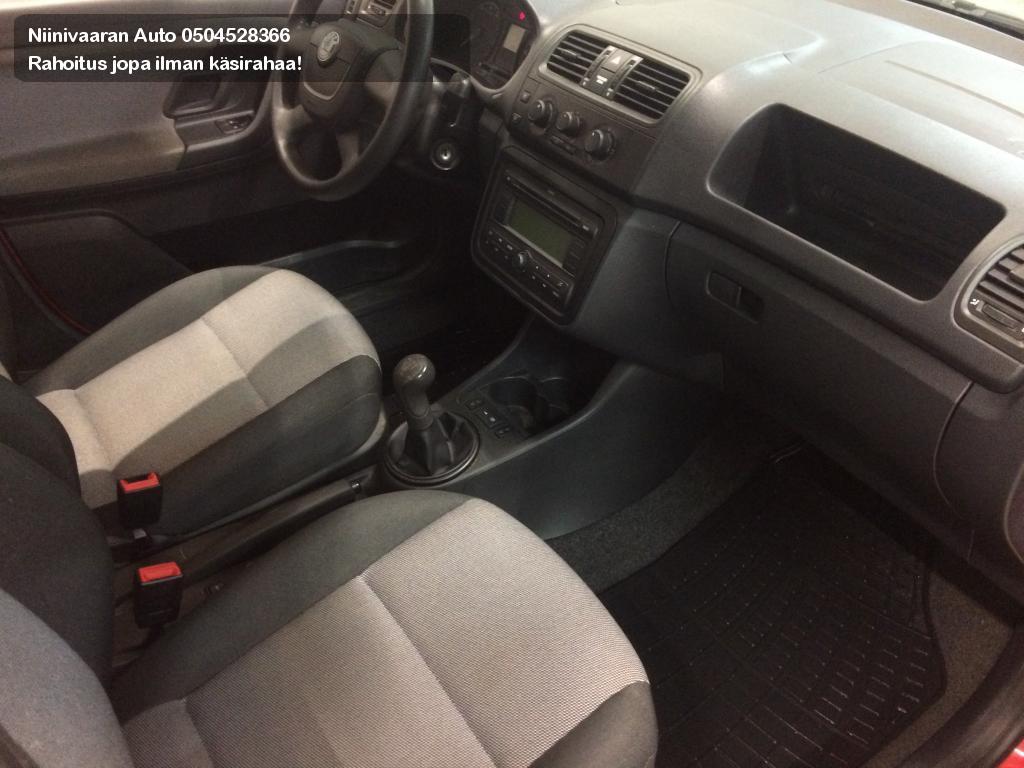 Skoda Fabia Viistoperä HB 1.4 16V 1-Omistaja! Hyvitys vaihtoautosta vähintään 1000€ 2009