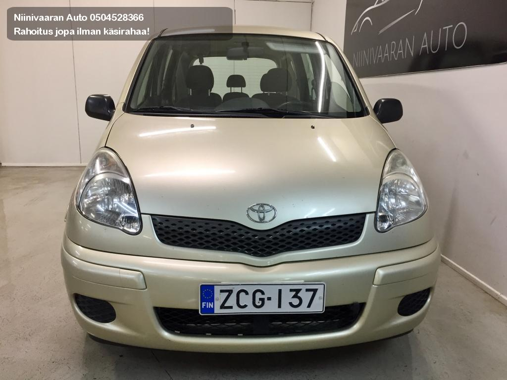 Toyota Yaris Verso Farmari 1.3 STW 2004