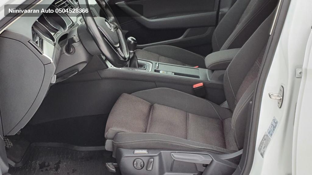 Volkswagen Passat Farmari Variant Comfortline 2.0 TDI 4MOTION Webasto kaukosäädöllä Suomi-auto 2017