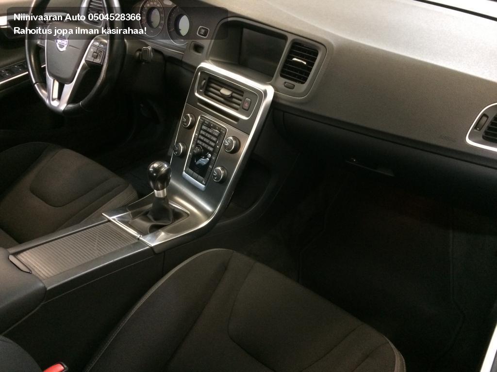 Volvo S60 Sedan 2.0T Summum 2011