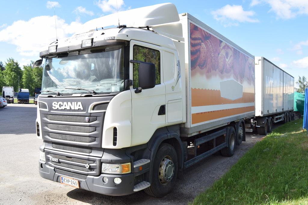 Scania R560 6x2 Umpikori vm. 2010