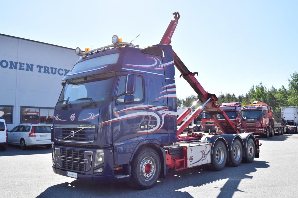 Volvo FH750 8x4 Tridem Multilift 24T Koukkulaite vm 2013